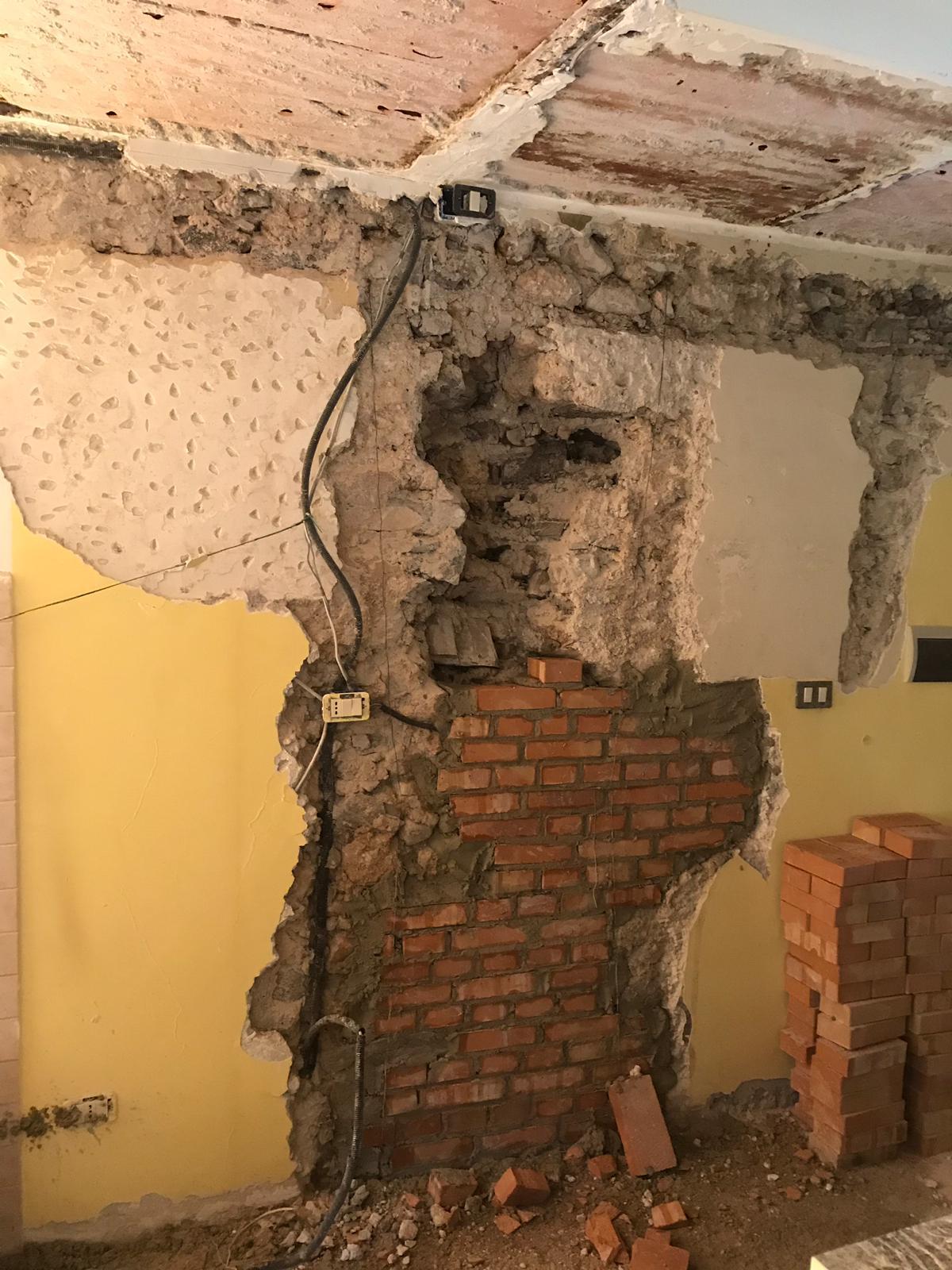 Intervento di riparazione danni lievi e rafforzamento locale di un'unità immobiliare sita ad Antrodoco (RI) a seguito del sisma del 2016
