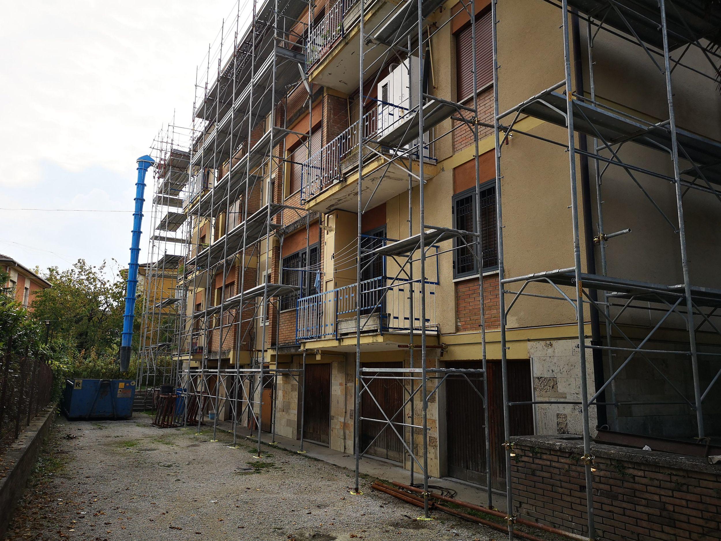 Interventi di messa in sicurezza e manutenzione delle coperture del condominio di via degli Elci civ.18 – 02100 Rieti